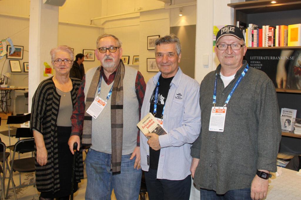 Zlata Kulenović Beširević, Midhat Medić, Šimo Ešić i Haris Tucaković 2019. u Göteborgu na 2. Sajmu bosanskohercegovačke knjige u Švedskoj